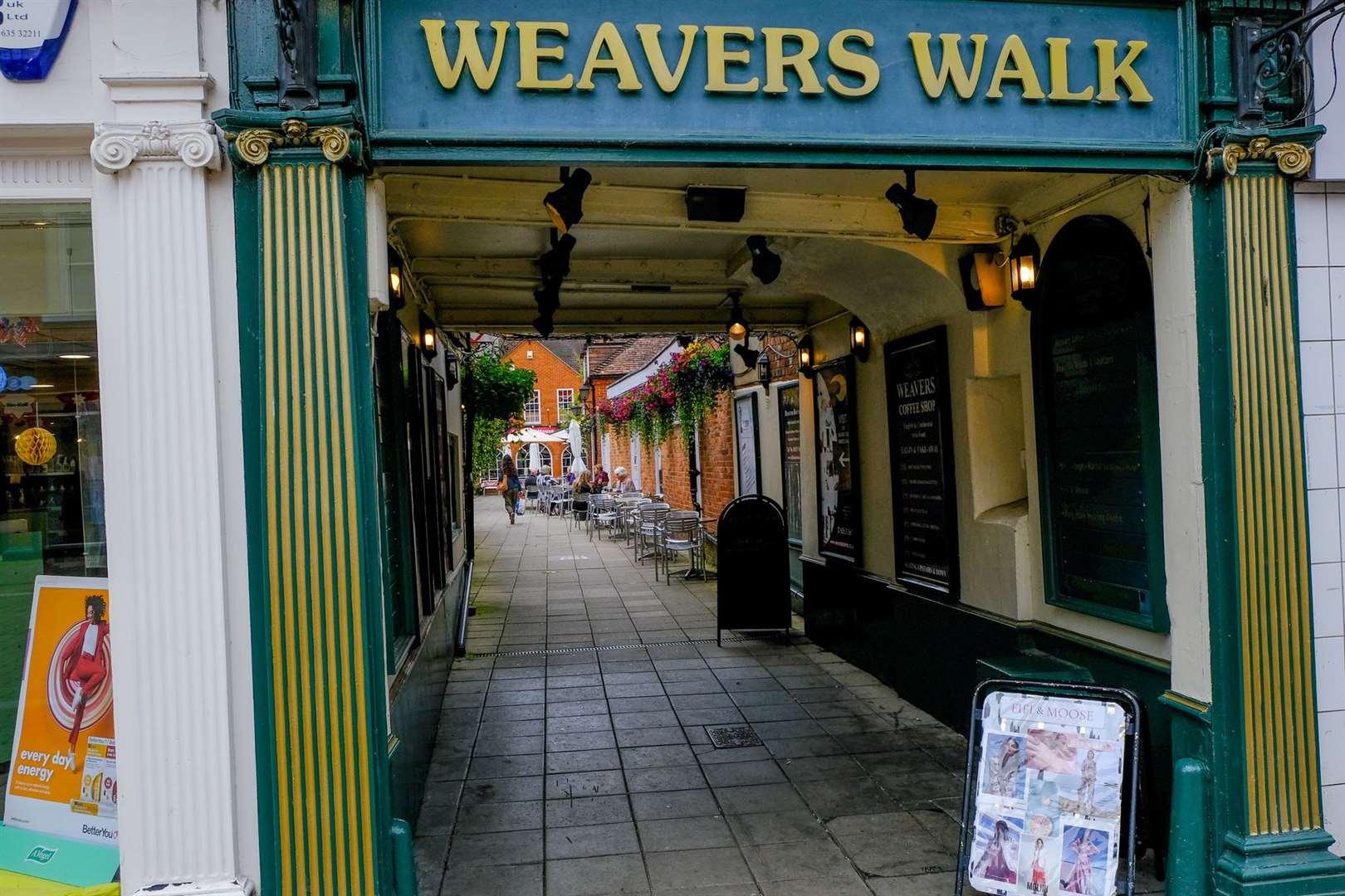 Newbury - Weavers Walk. Ref: 26-2721 ... (48743774)