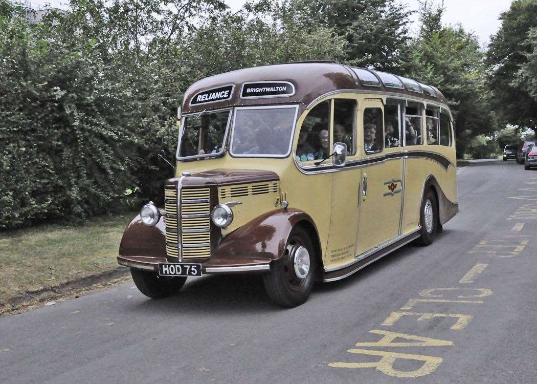 Reliance Bus Photo: David and Marion Canning