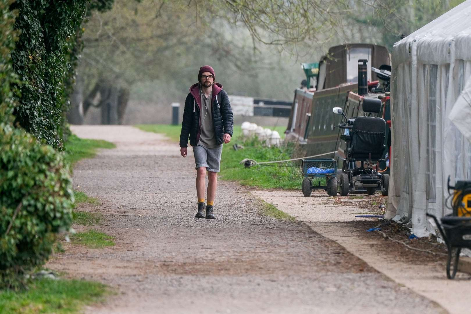 Nathan Hart walks by the Kennet and Avon Canal. (46026993)